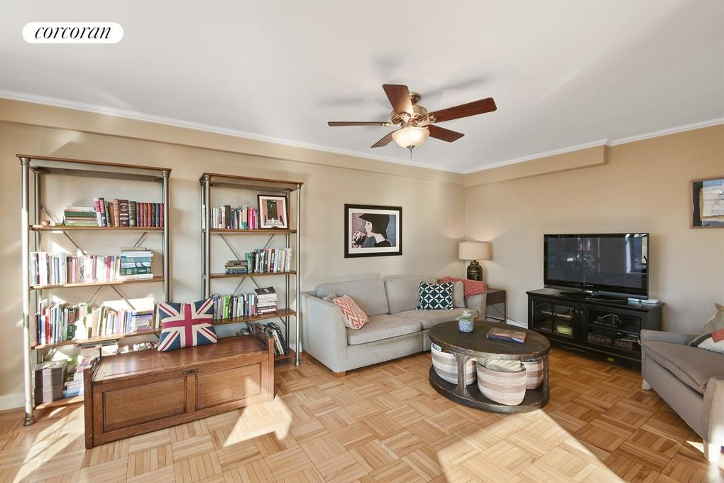 185 Clinton Avenue, 8H, Living Room