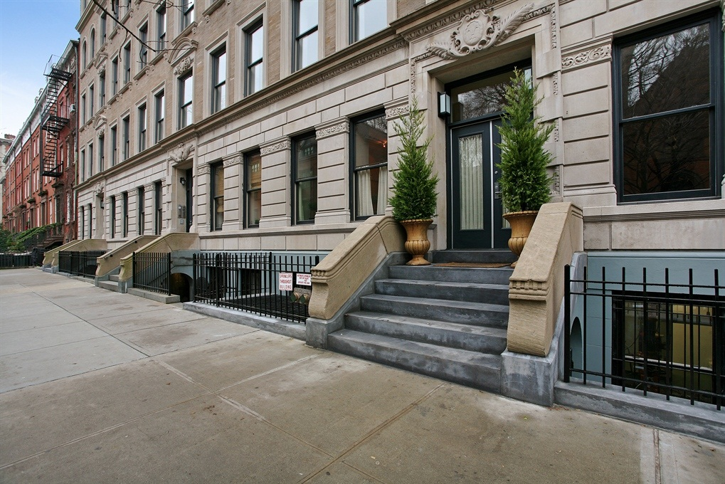 422 West 20th Street, 3F, Elegant Building on a Beautiful, Tree-Lined Block