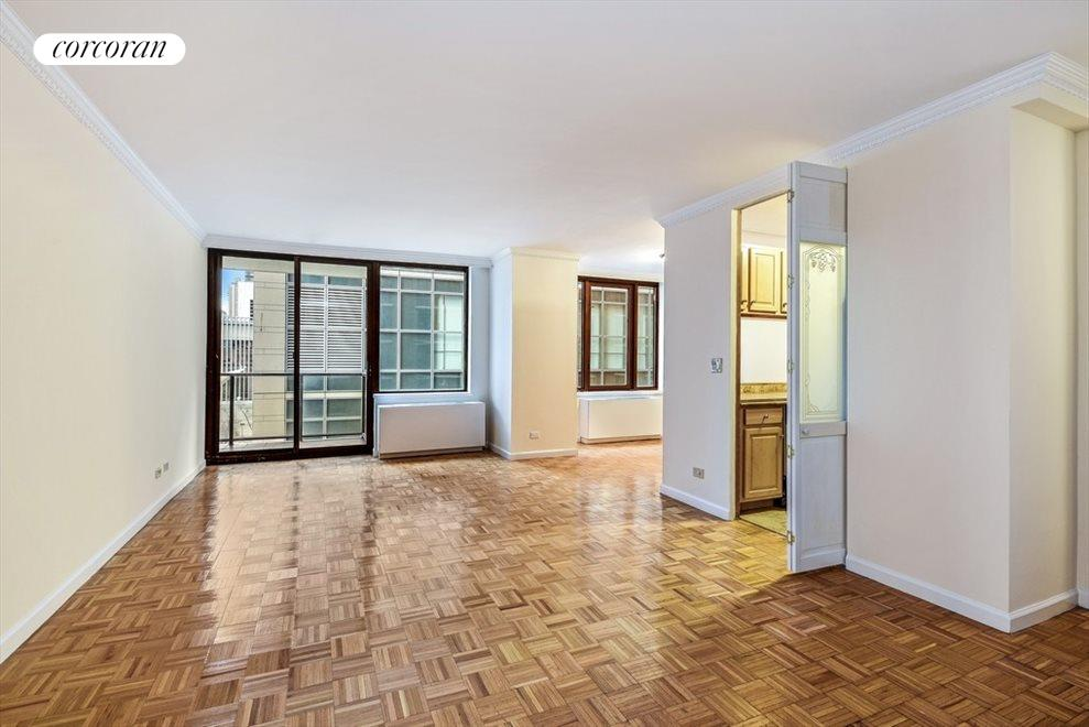 Large Living Room with Balcony and Washer/Dryer