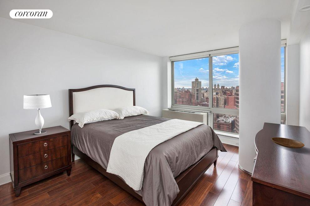 New York City Real Estate | View 215 East 96th Street, #32E | room 4