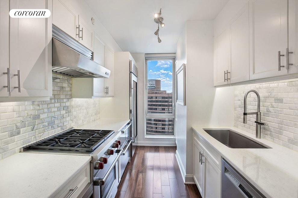 New York City Real Estate | View 215 East 96th Street, #32E | room 1