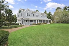 75 Woods Lane, East Hampton