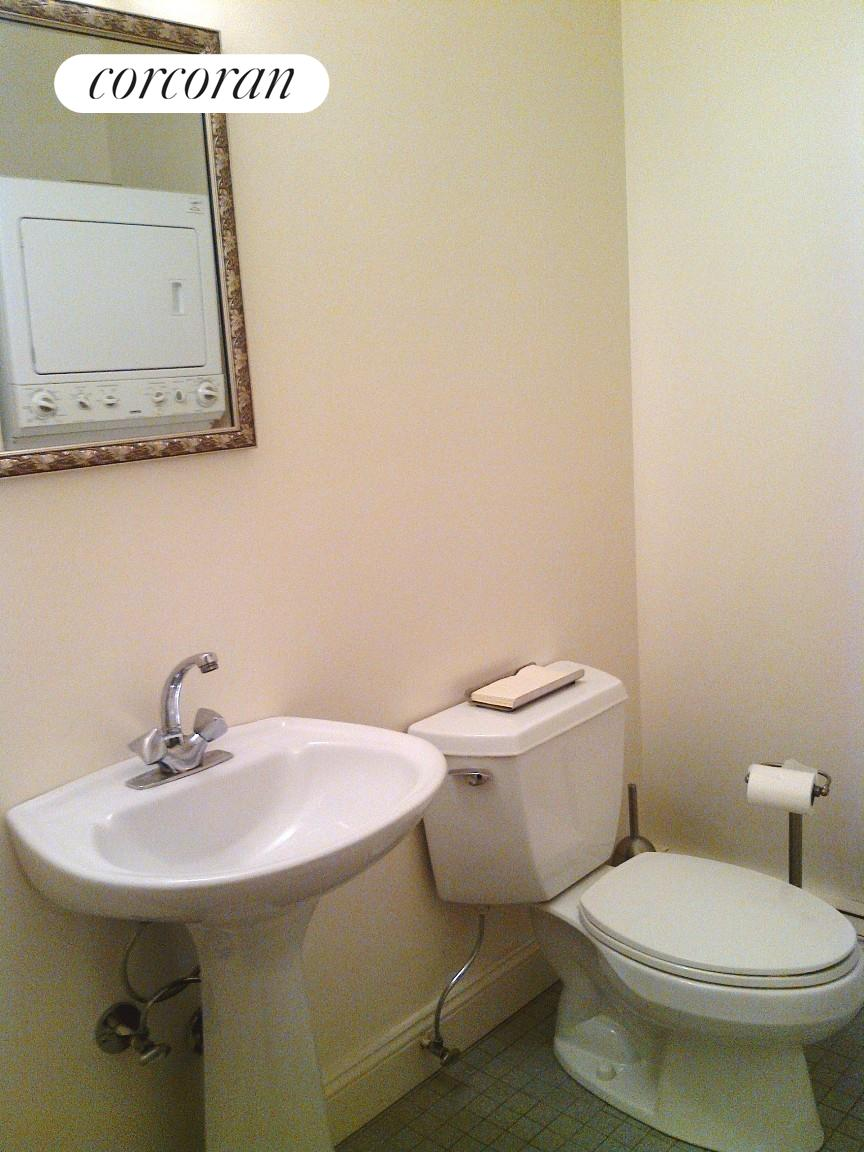 Second Bathroom with washer/dryer