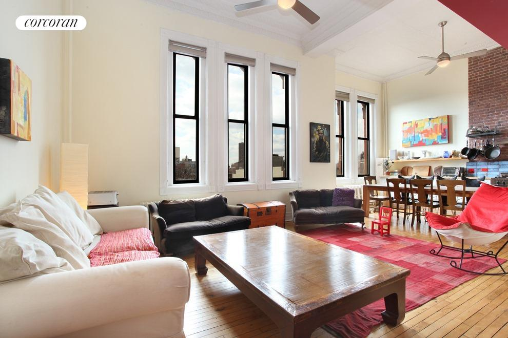 143 South 8th Street, 3A, Living Room