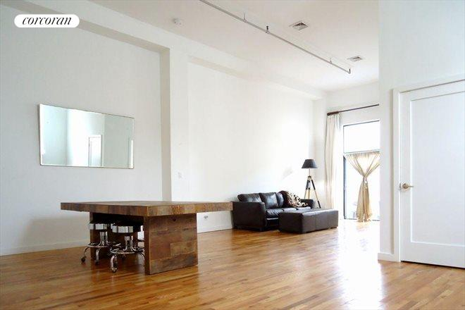 105 Lexington Avenue, 1G, Living Room