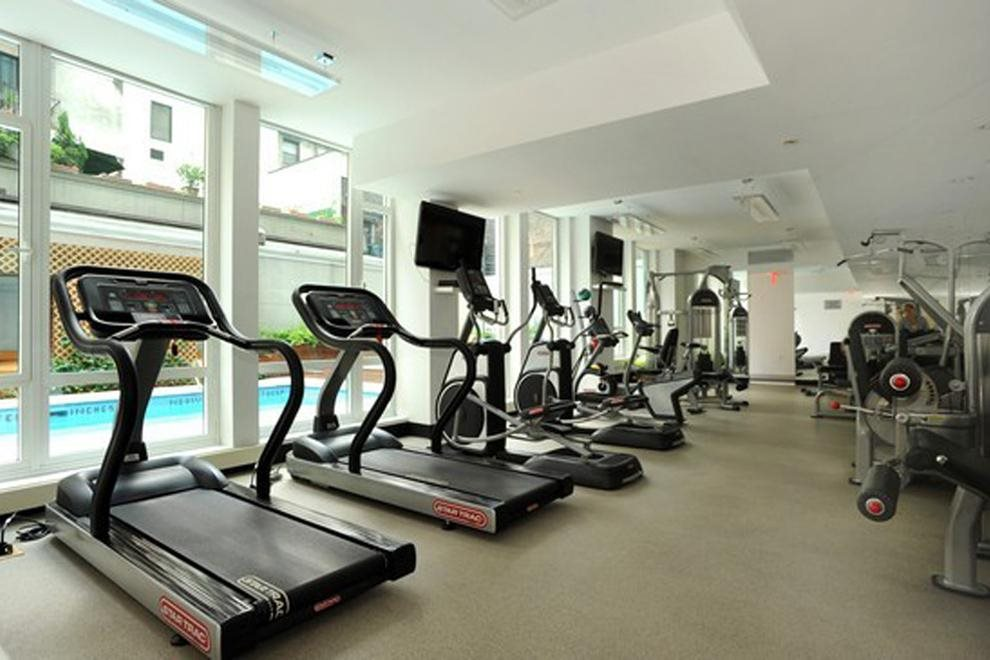 Fully equipped gym with sauna