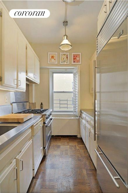 Beautifully Renovated Windowed Kitchen