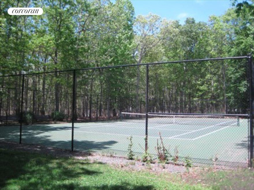 North Haven village tennis courts