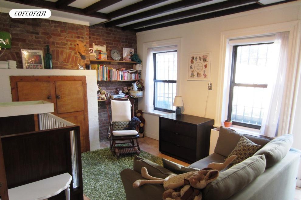 365 Bergen Street, GDN, Enormous living space with room for home office