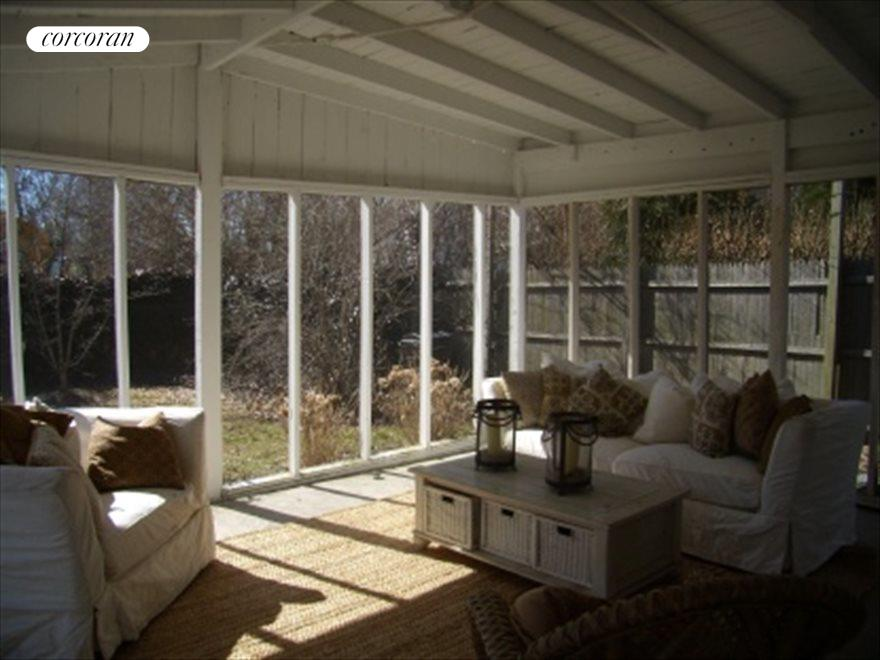 Barn screen porch