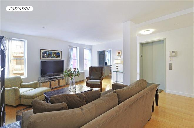 176 MULBERRY, 5, Living Room