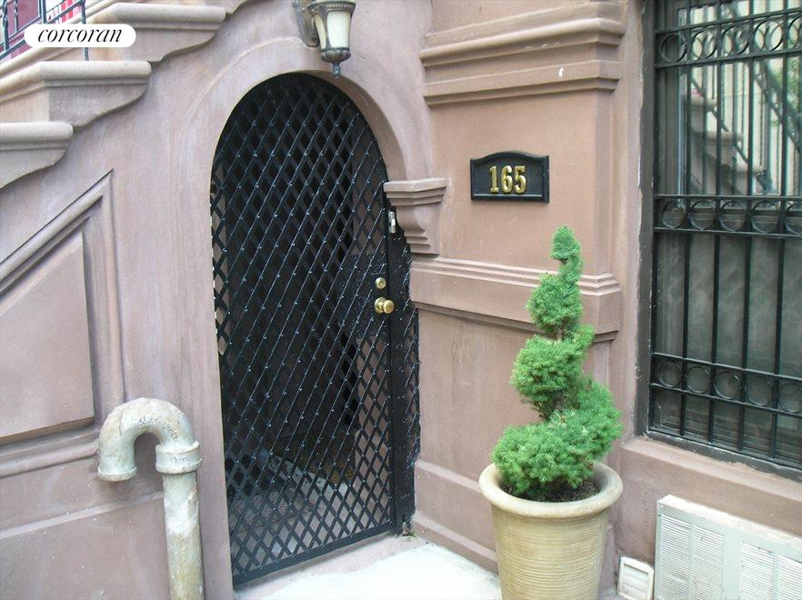 Owners duplex has it's own private entrance