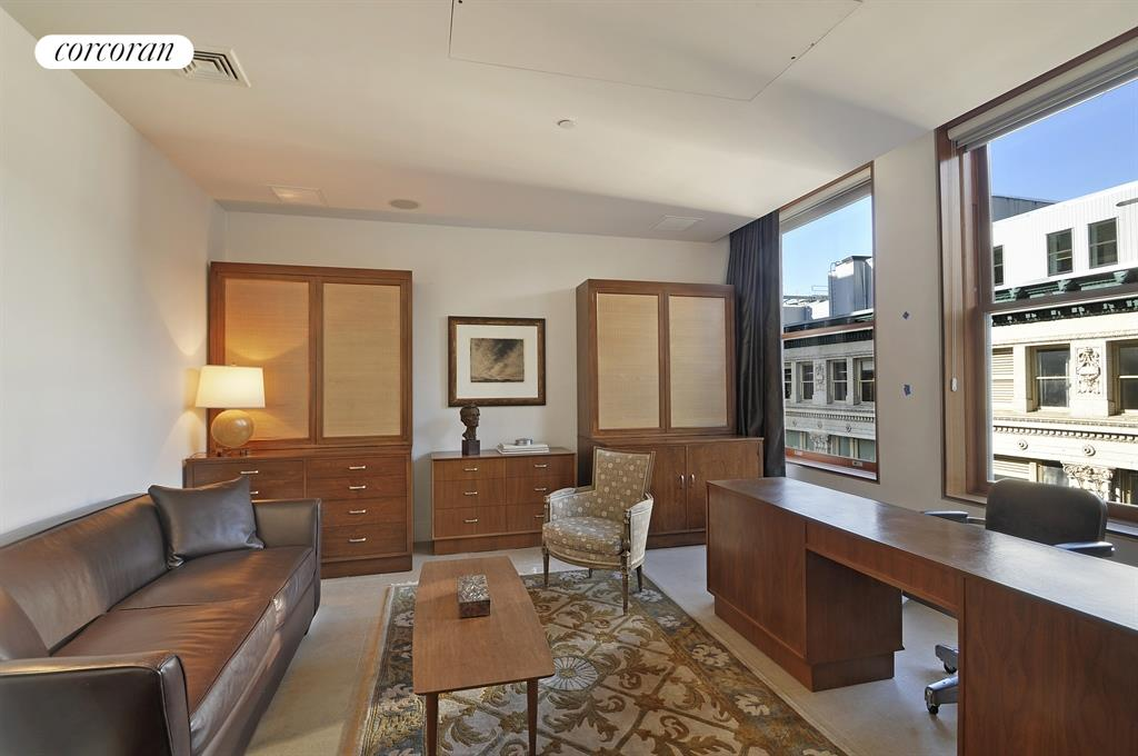 Den / 3rd Bedroom with Beaux Arts Building Views