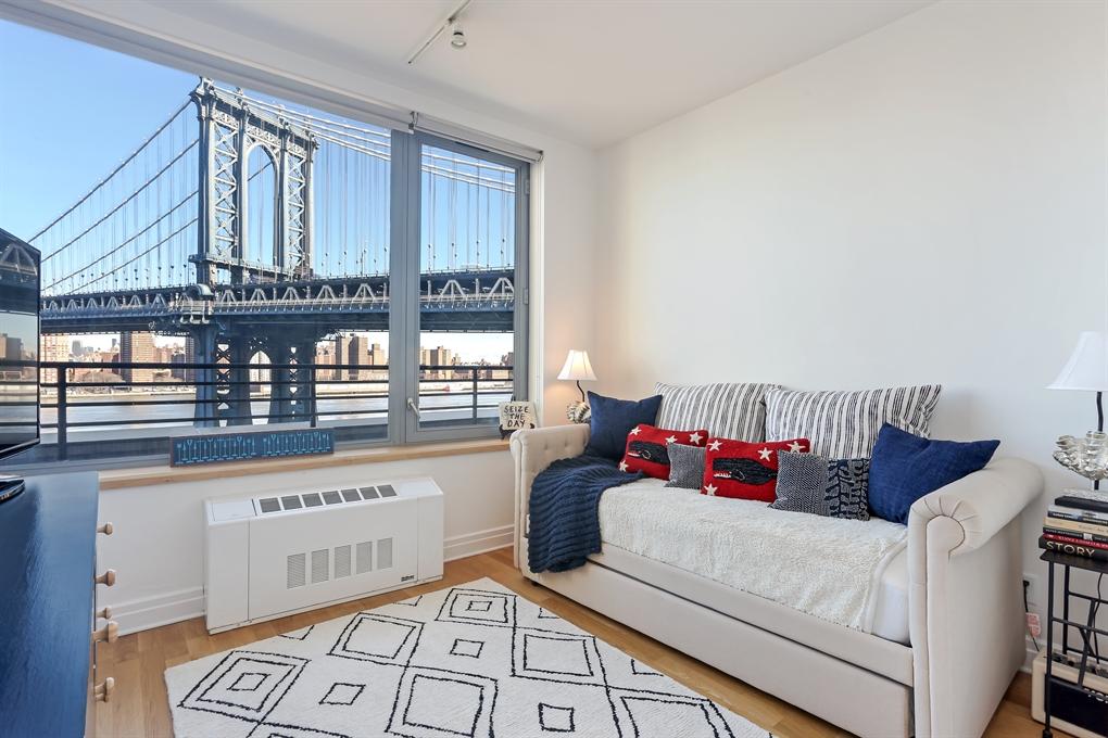 30 Washington Street, 7G, Living Room