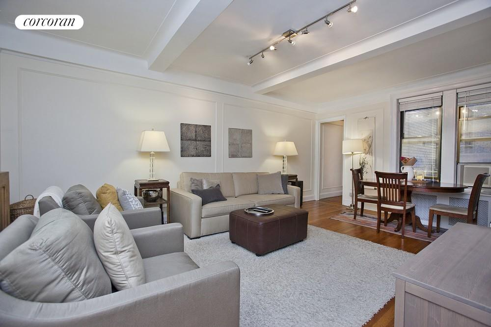 41 West 72nd Street, 7E, Living Room