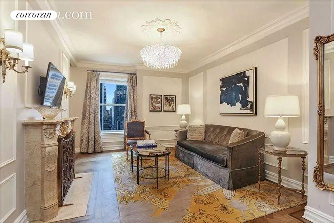 768 Fifth Avenue, 1521, Living Room