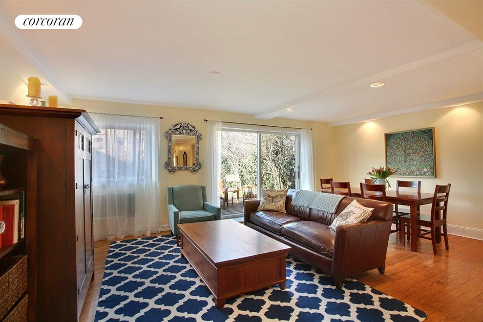Sitting room and dining room w/ doors to garden