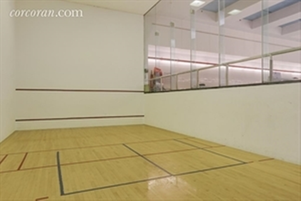 Corcoran 161 west 61st street apt 18a upper west side for Average cost racquetball court