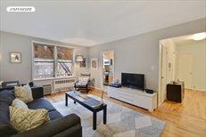 220 Berkeley Place, Apt. 2E, Park Slope