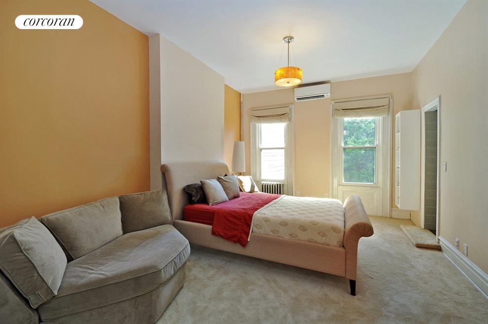 Master Suite (Bedroom)