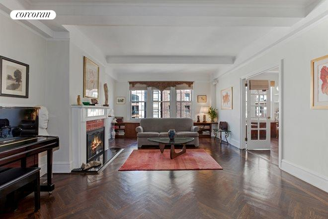 410 East 57th Street, 11A, Living Room