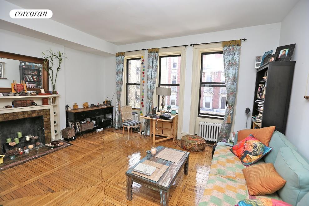 321 West 84th Street, 4F, Living Room