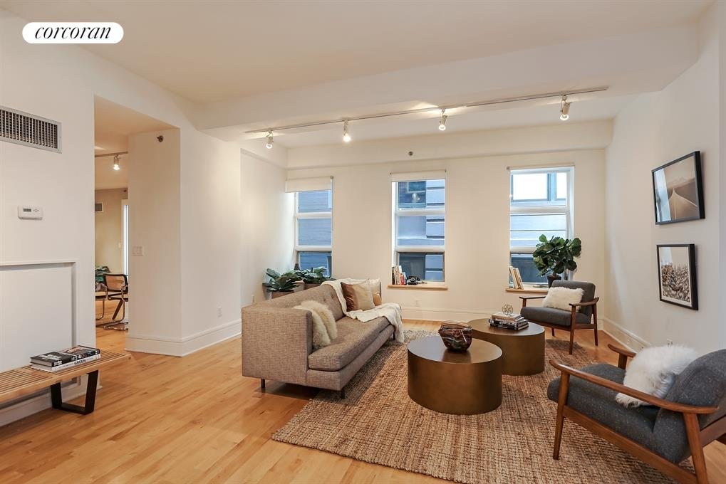 57 Front Street, 405, Oversized Living Room