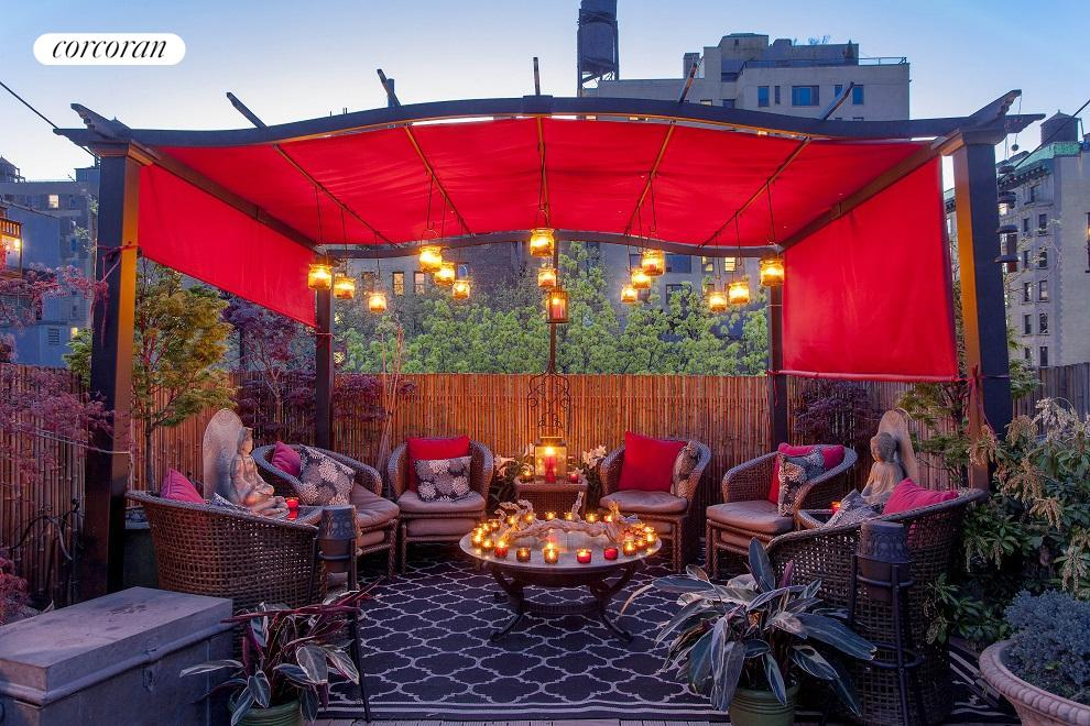 Magical roof deck ideal for fabulous entertaining