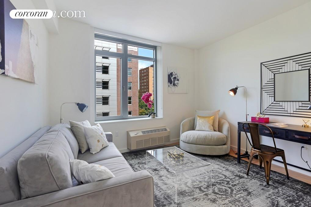 180 Myrtle Avenue, 8E, Living Room