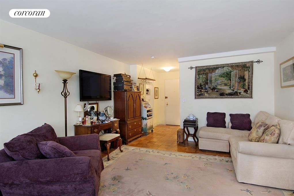 225 East 57th Street, Apt. 3Q, Midtown East