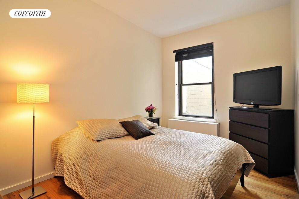East-facing Bedroom with Washer/Dryer
