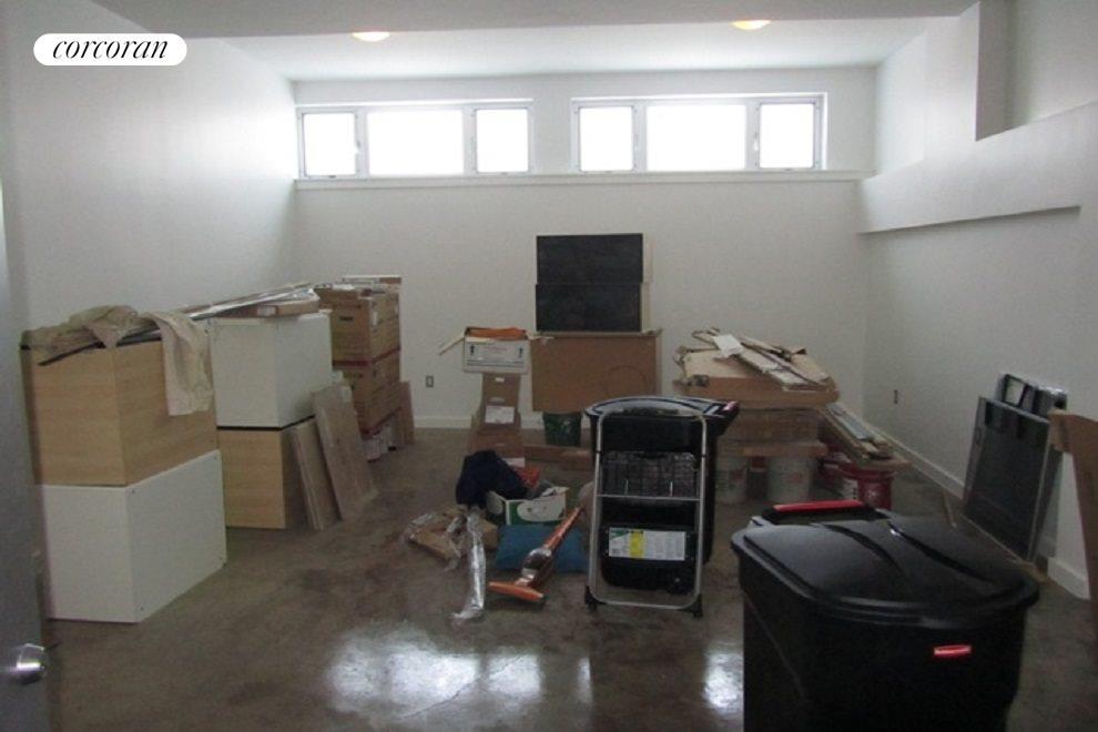 450 SF Studio Space