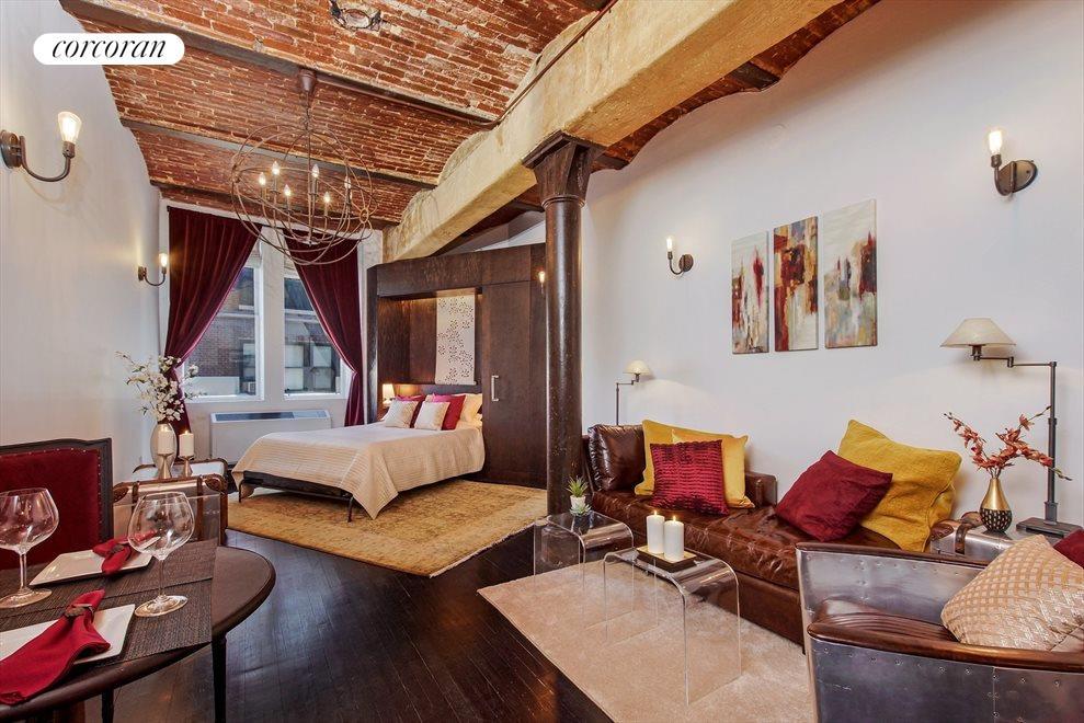 Stylish & Convenient Murphy Bed