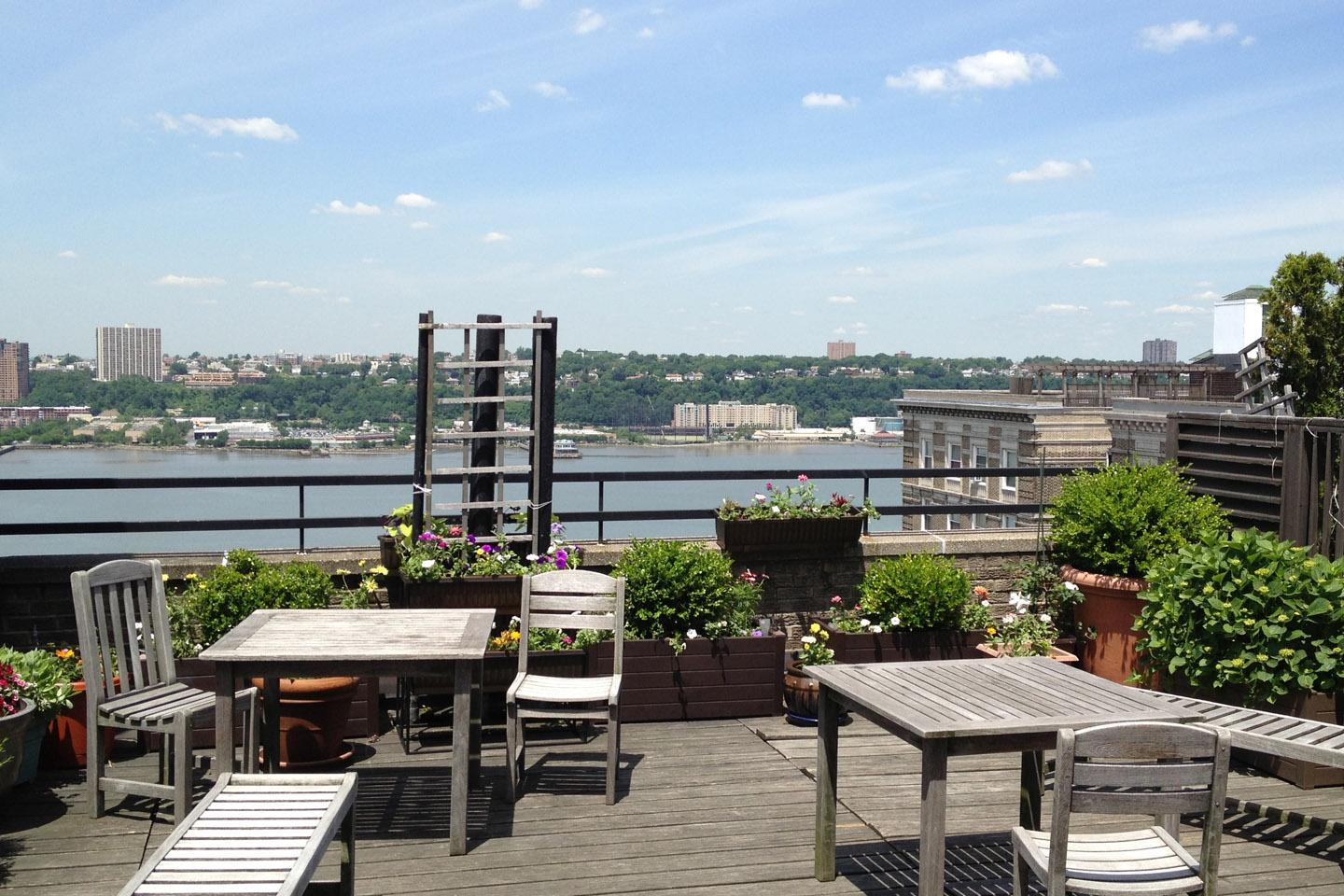 Panoramic view of  Hudson from common roof deck.