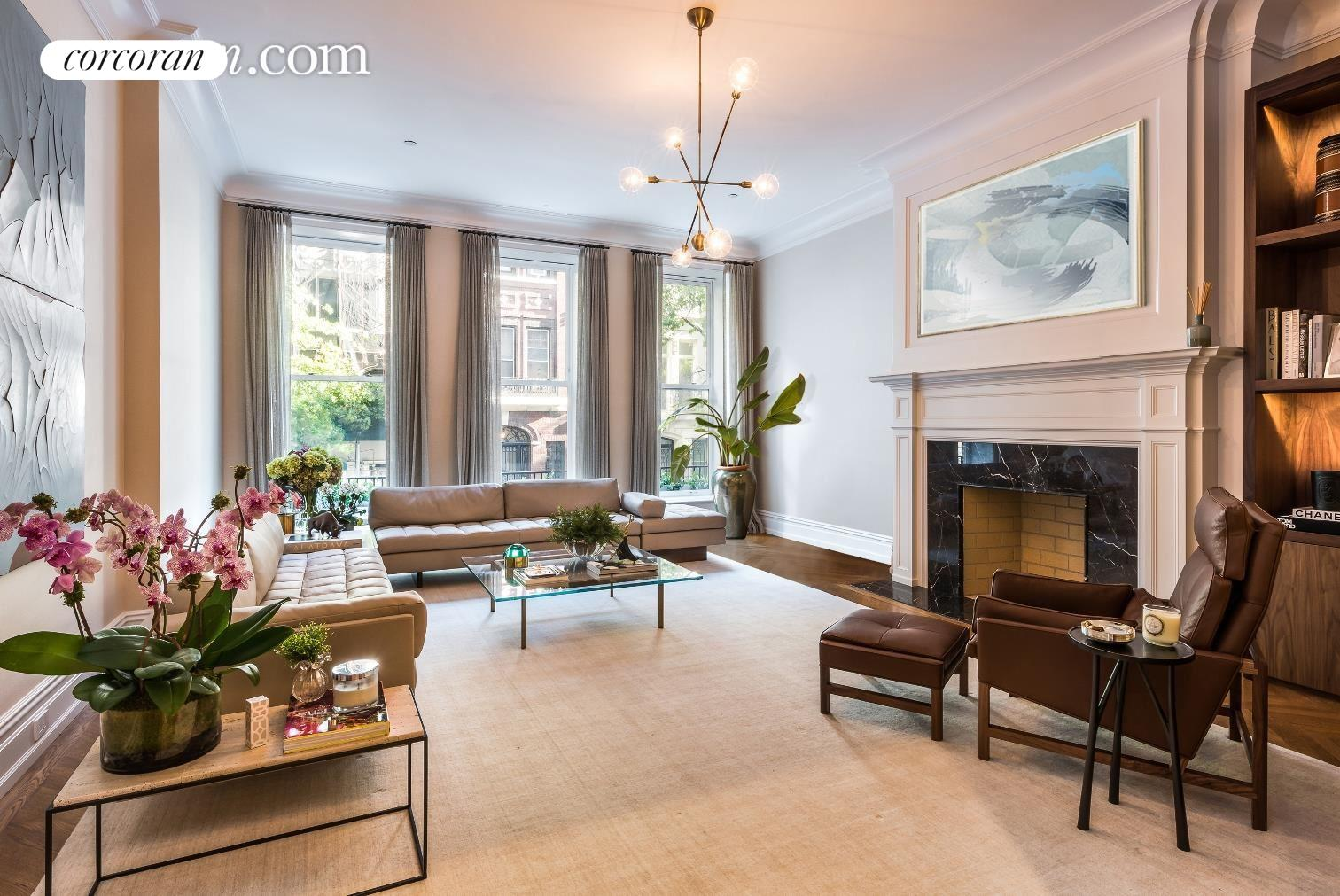 12 East 80th Street, Living Room