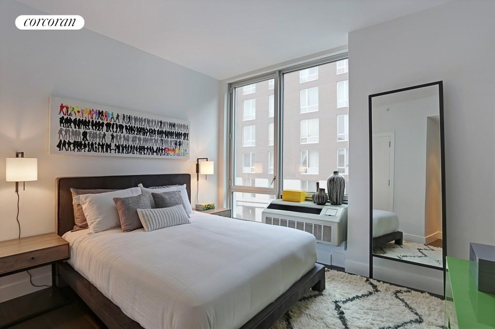 212 North 9th Street, 2A, Bedroom