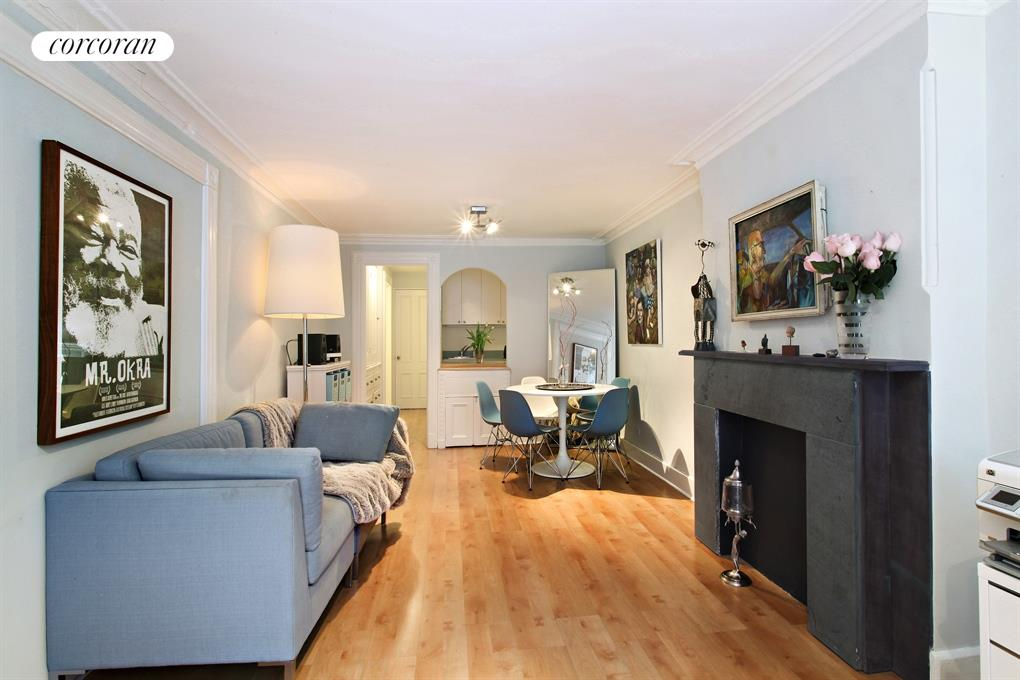 105 Sterling Place, Lovely renovated eat-in kitchen
