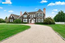 67 Rose Way, Bridgehampton