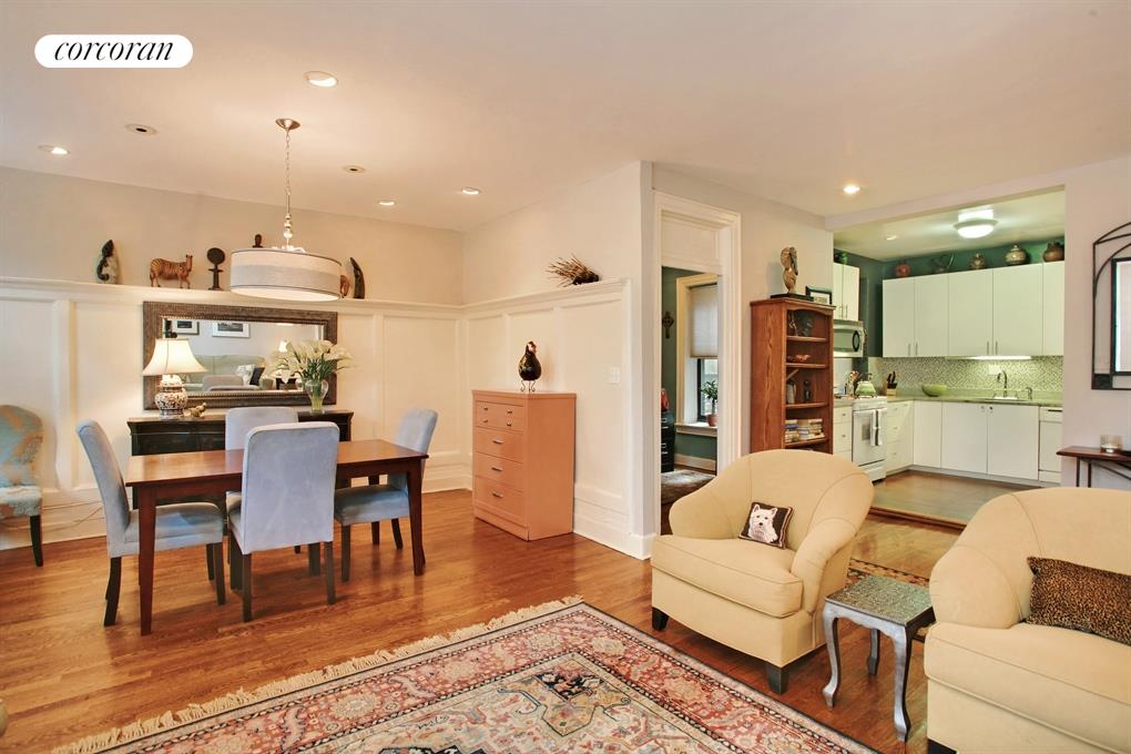3117 Broadway, 10, Living Room / Dining Room