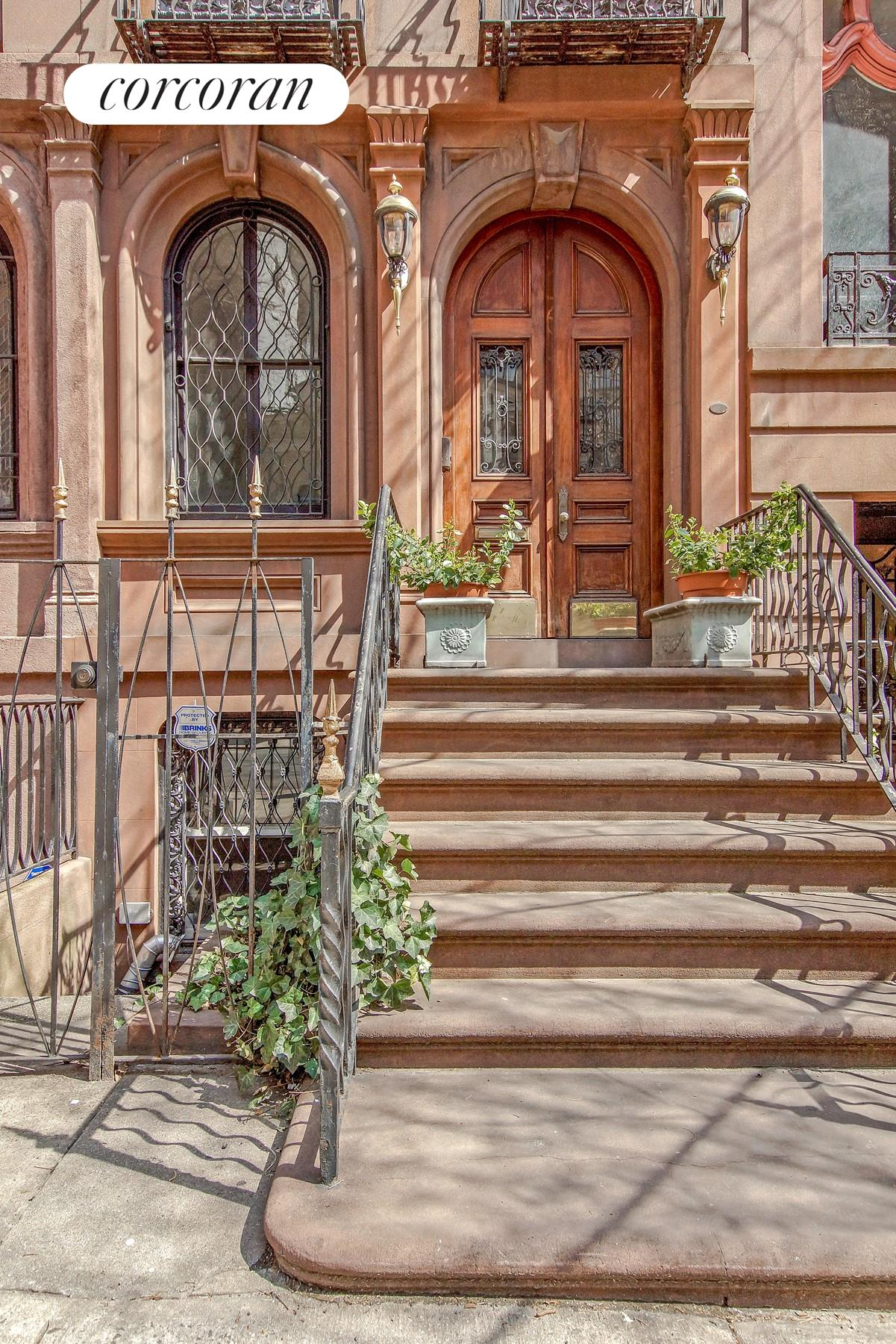 Single Family Home for Sale at 115 East 35th Street 115 East 35th Street New York, New York 10016 United States