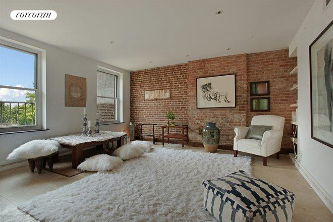 263 Clinton Street, 3, Light and airy...