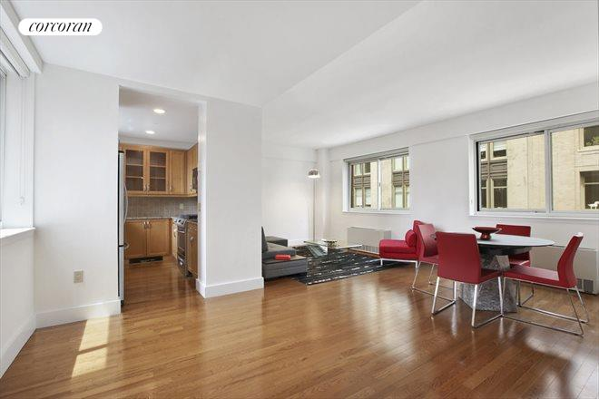 200 West 24th Street, 8B, 200 West 24th #8B, New York (200_W_24_#8B_DiningRoom_GBedoya)