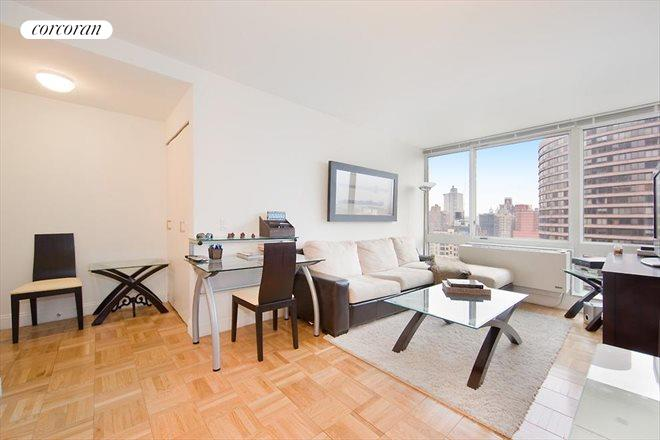 215 East 96th Street, 23J, Living Room