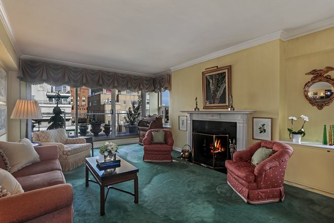 201 East 62nd Street, 18D, Living Room with access to terrace