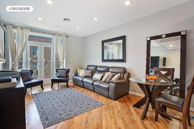 215 Parkville Avenue, 6B, Living Room