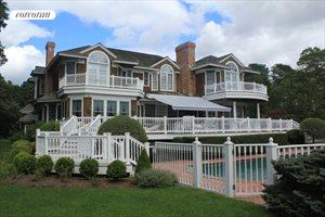 Magnificent Estate In Quogue With Deep Water Dock, Quogue