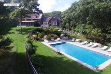 153 Middle Hwy, East Hampton