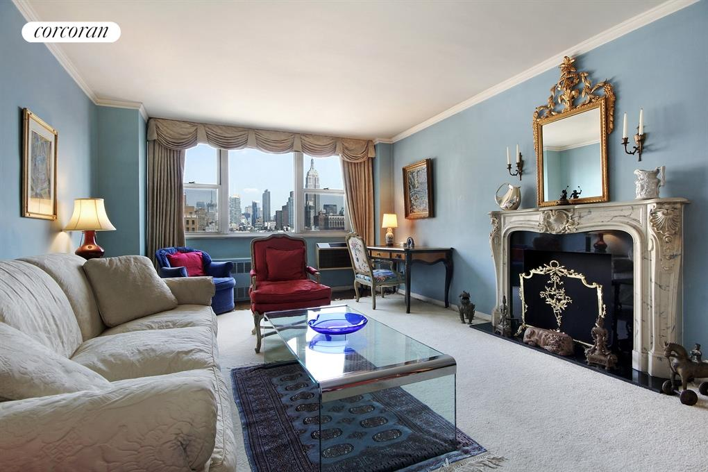 77 Seventh Avenue, 19L, Welcome home to your own piece of the NYC skyline
