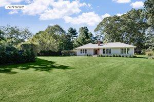 148D North Ferry Road, Shelter Island