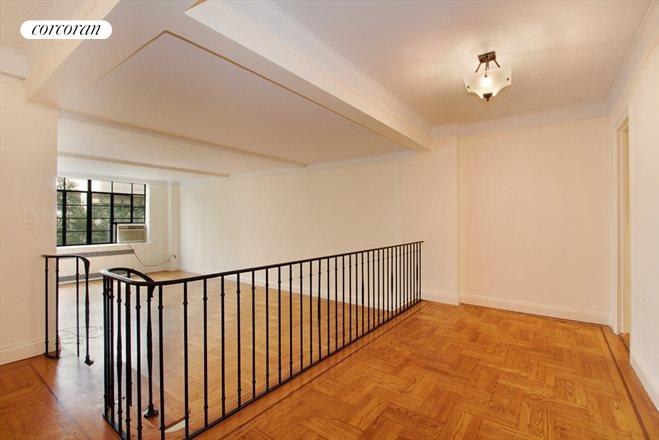 110 East 87th Street, 4A, Living Room